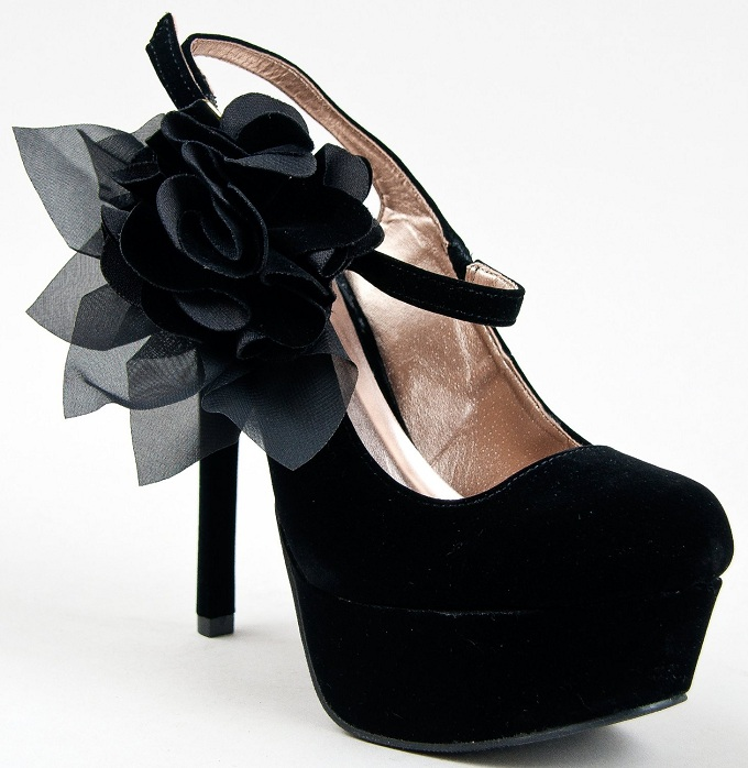 Pumps shoes. Online shoes for women