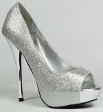Pretty Silver Shoes For Wedding