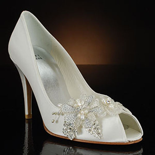 Flowery White Wedding Shoes